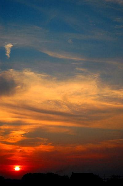 sunset051003.jpg